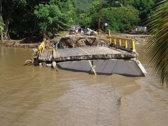 brokenroad-flooding
